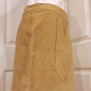 I love h81 mini leather skirt size 28 with pockets